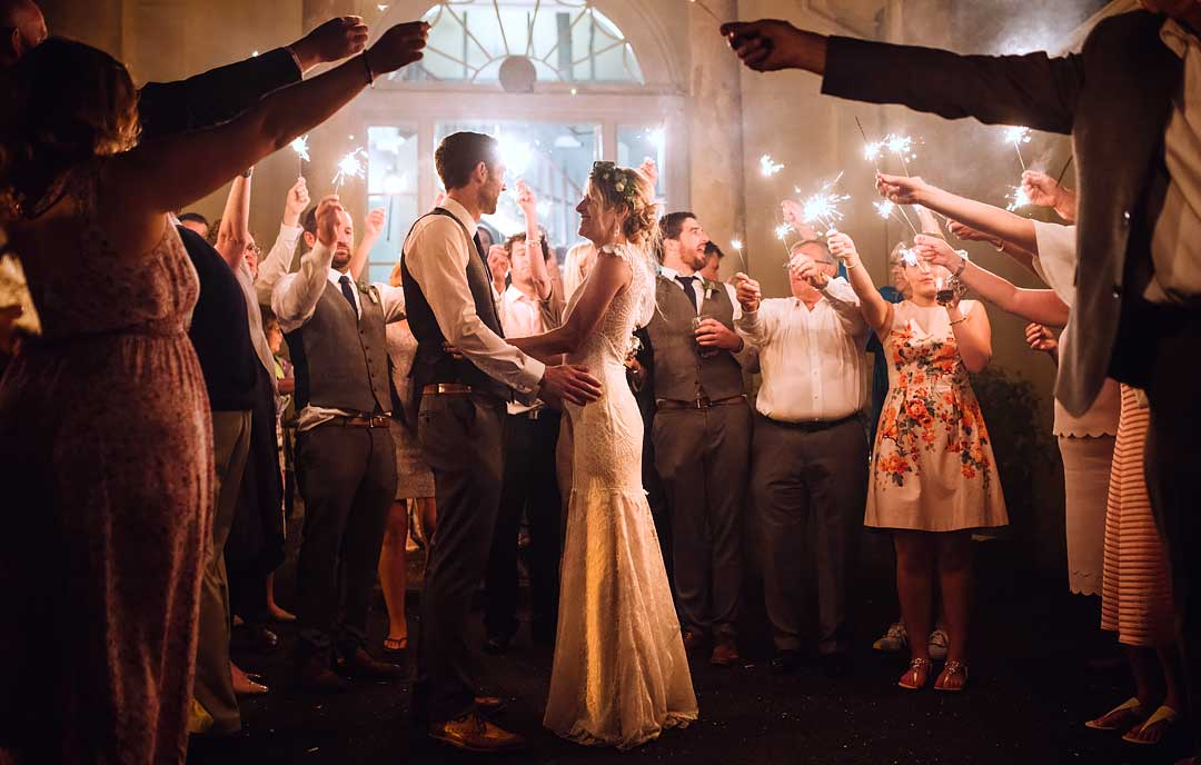 Wedding Photography Sparklers: Wedding Sparkler Photos, How To Plan A Great Sparklers Shot