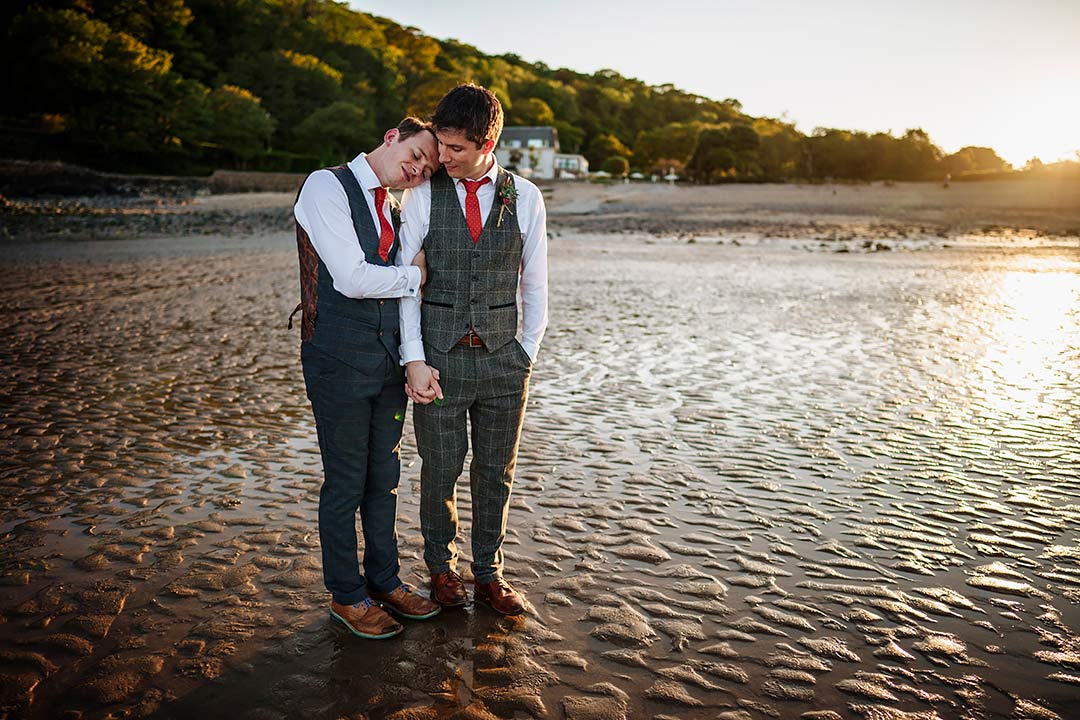 Oxwich-Bay-Hotel-weddings-South-Wales-wedding-photographer